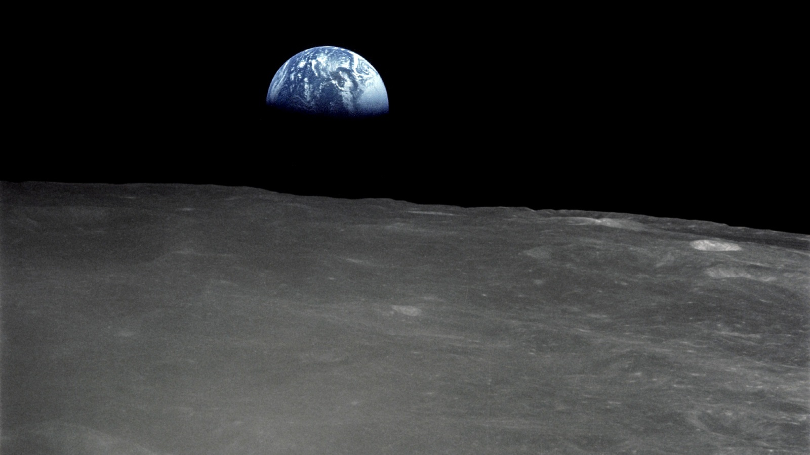 ?image=Manzara/Earth-Rise Above The Moon-Surface (1600).jpg